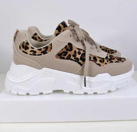 Leo High Sneaker